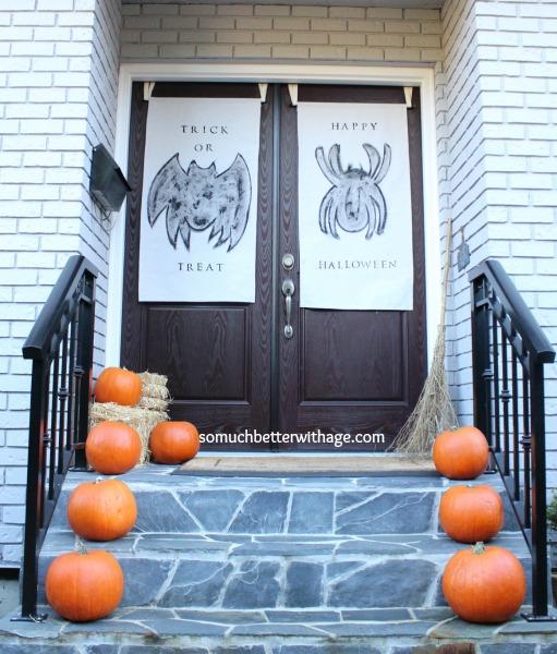 Halloween door banners www.somuchbetterwithage.com
