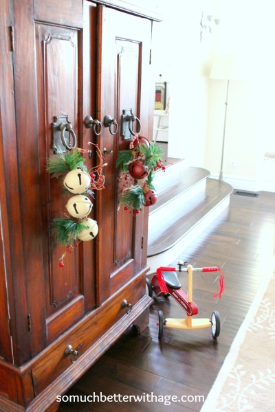 A Vintage Christmas tour   somuchbetterwithage.com