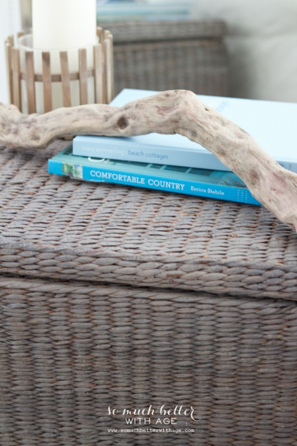 Driftwood / Painting wicker driftwood grey via somuchbetterwithage.com