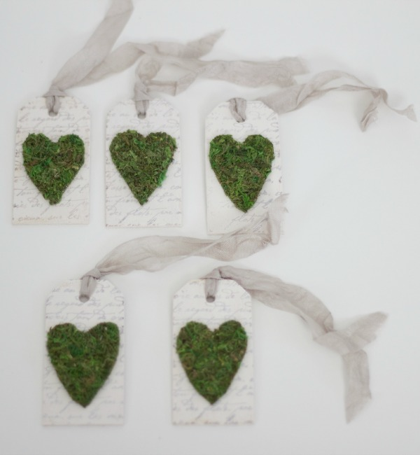 Moss hearts gift tags / Abby's Paperie Garden