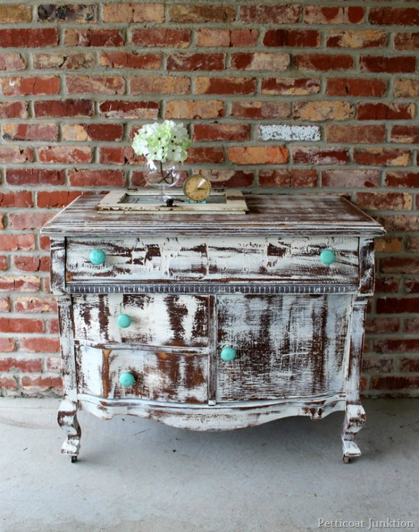 10 Heavily Distressed Chippy Furniture Pieces So Much