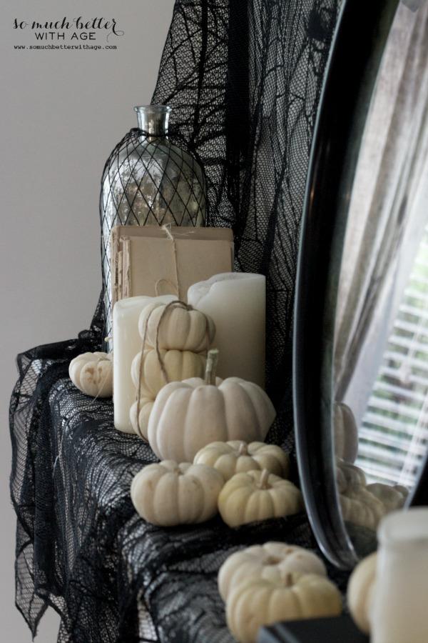 halloween-mantel4