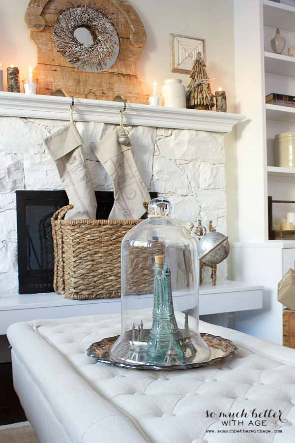French Christmas details | somuchbetterwithage.com
