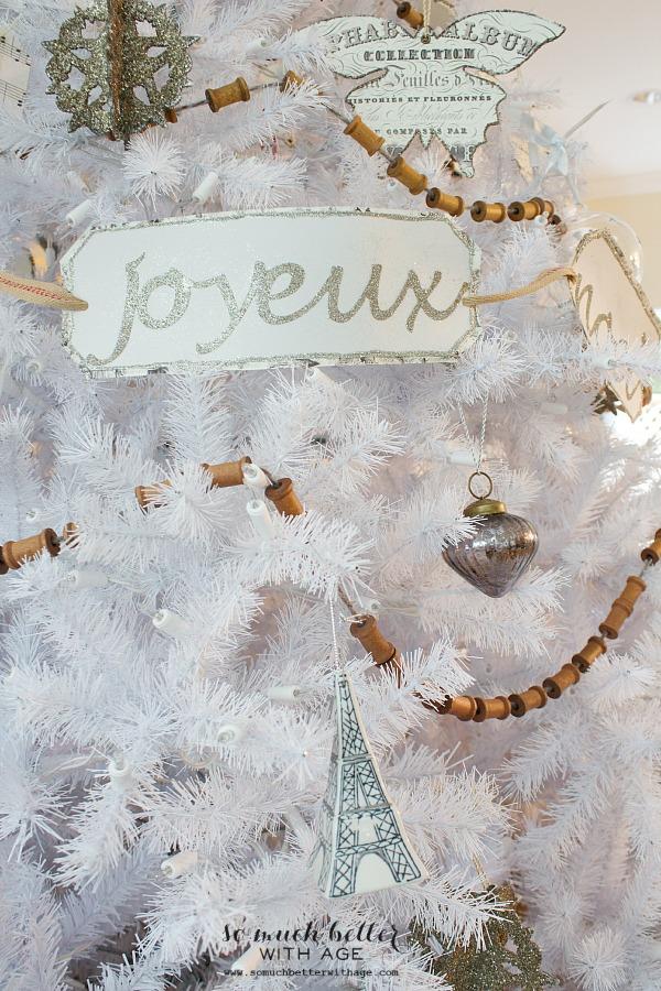Joyeux Noel white Christmas tree | somuchbetterwithage.com