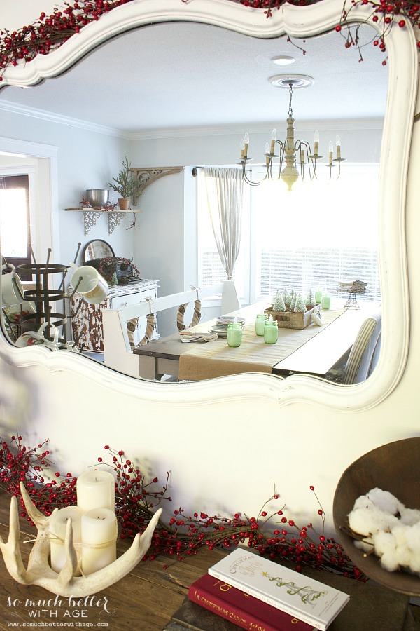White mirror Christmas tablescape | somuchbetterwithage.com