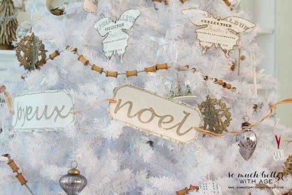 French Christmas Decor | somuchbetterwithage.com