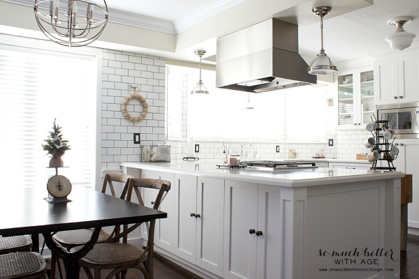 Newly renovated kitchen | somuchbetterwithage.com
