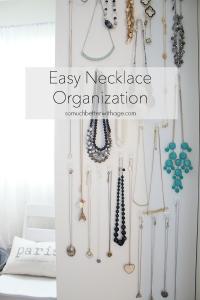 easy-necklace-organization