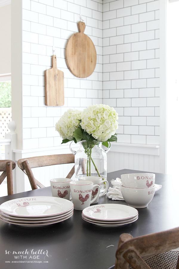 French kitchen | somuchbetterwithage.com