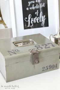 vintage-cash-box