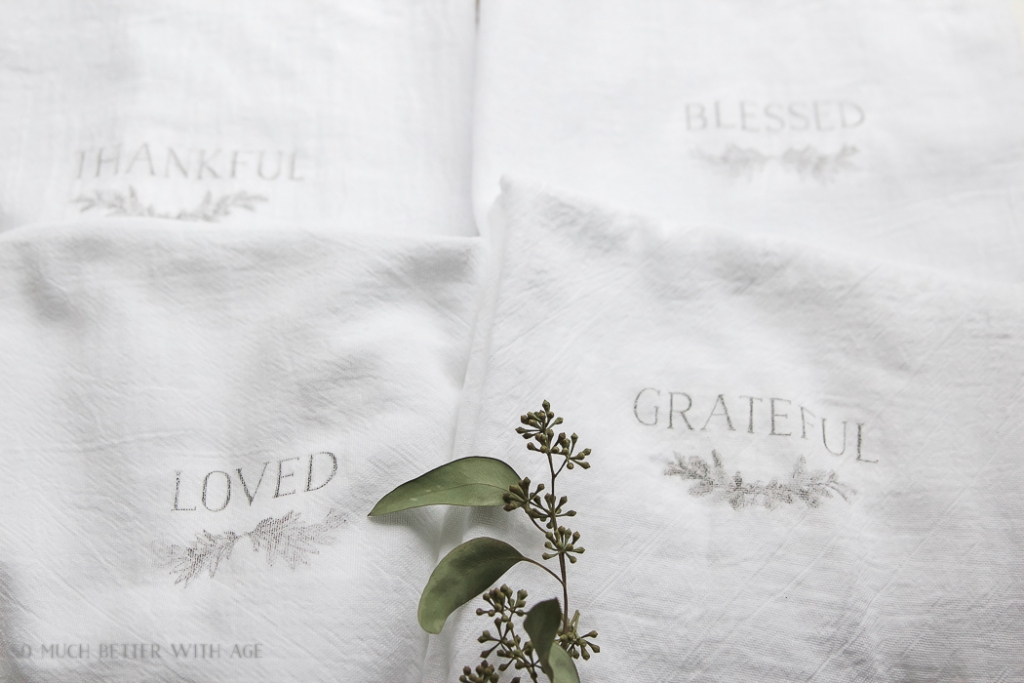 white flour sack tea towels- Thanksgiving napkin transfer tutorial