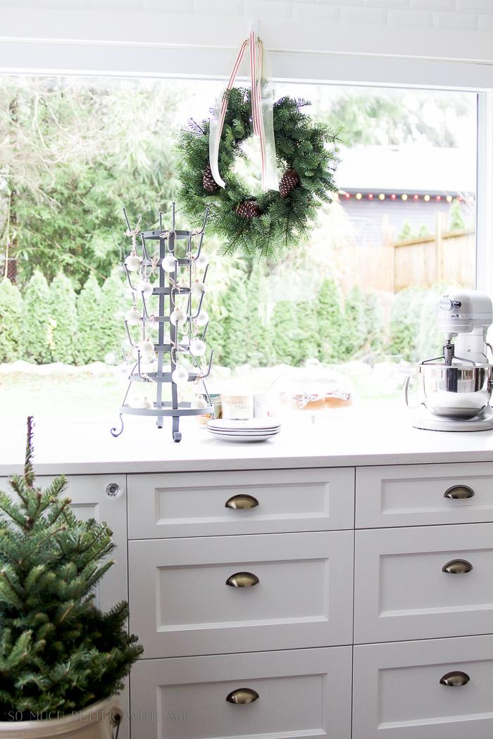 Kitchen Christmas wreaths- Christmas kitchen tour 2016
