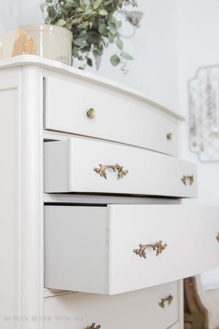 8 Steps On How To Fix Badly Damaged Furniture So Much