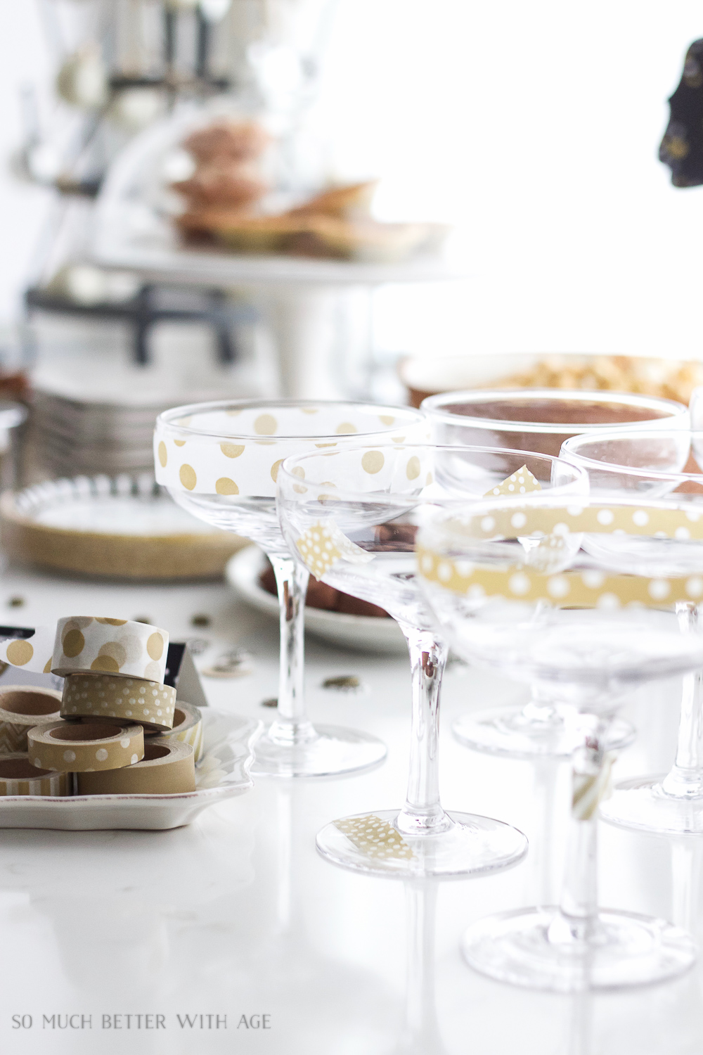 Decorate your glass with washi tape /A New Year's Eve Party Bubbly Bar with Party Tips